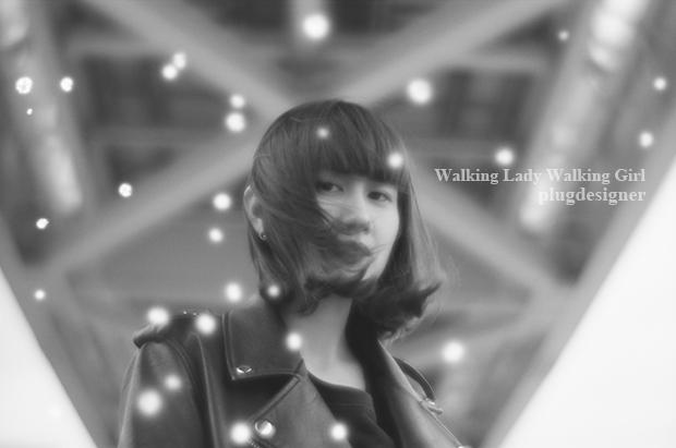 Walking Lady Walking Girl_43
