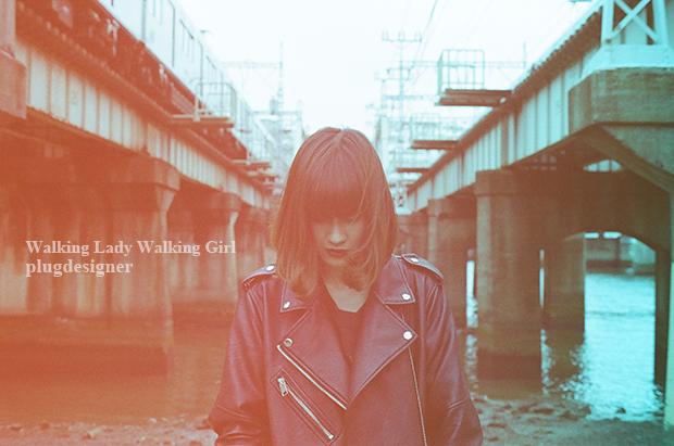 Walking Lady Walking Girl_42