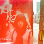 Walking Lady Walking Girl_70