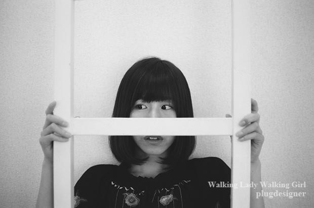 Walking Lady Walking Girl_103