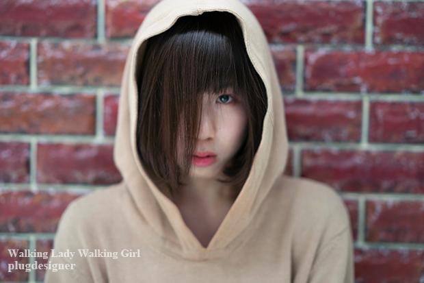 Walking Lady Walking Girl_108