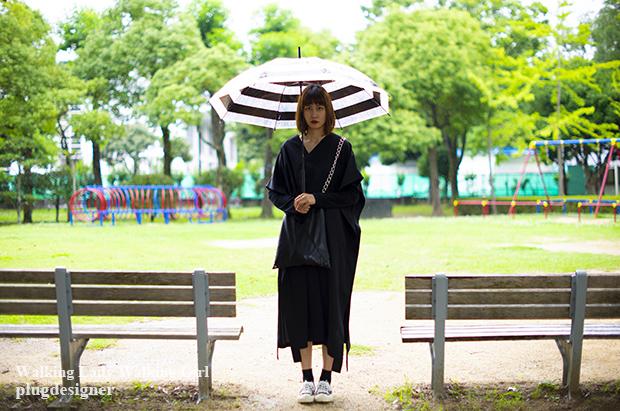 Walking Lady Walking Girl_96