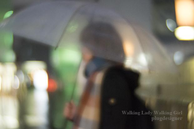 Walking Lady Walking Girl_6